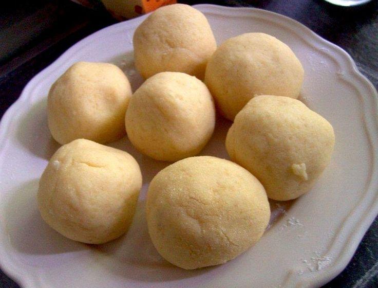 Fácil de masa hervida de la patata Receta