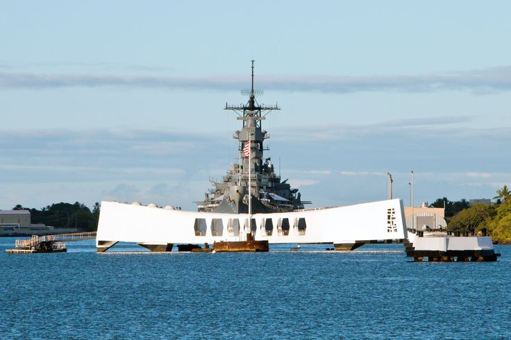 #BB63 Known to many as the bookends of WWII, the Battleship Missouri stands a mere ship's length away from her fallen sister ship, the USS Arizona @ https://www.facebook.com/Battleshipmissouri/info