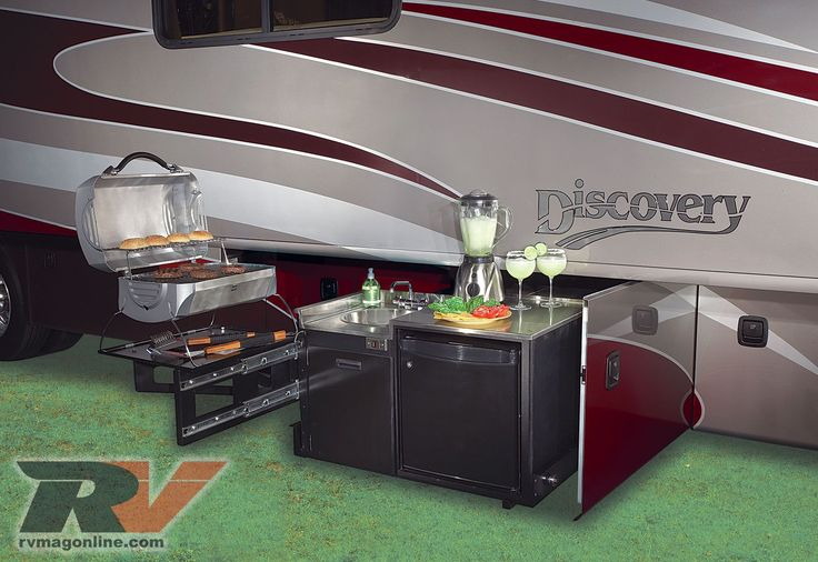 2009 Fleetwood Discovery Motorhome - Road Test - RV Magazine