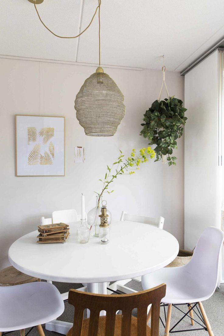 25+ beste ideeën over Witte eetkamer stoelen op Pinterest ...