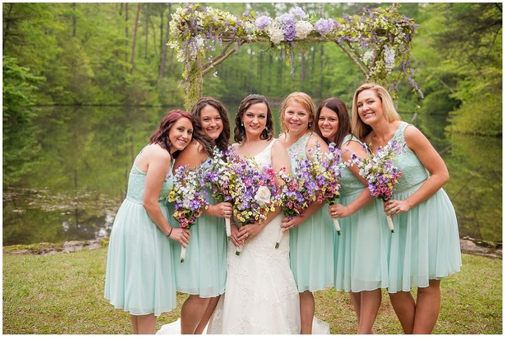 turquoise bridesmaid dresses  // Photography: Southern Jewel Photography • Rentals: ABC Party Rentals • Venue: Paris Mountain State Park