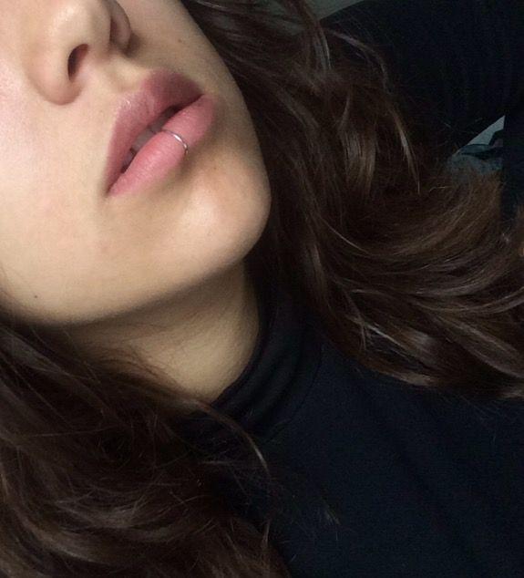 Faux silver lip ring (vertical labret) #lipring #smile