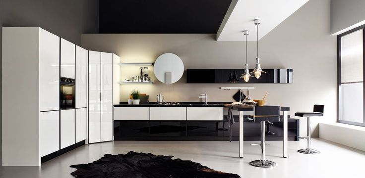 Cucina Luce: protagonista è il vetro, con le sue superfici uniformi e colorate, riflettenti e luminose. Per gli amanti dell'unicità viene riscoperto un materiale di grande pregio