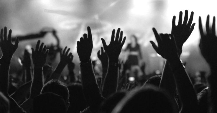 10 Lyrics From Popular Worship Songs To Reflect On