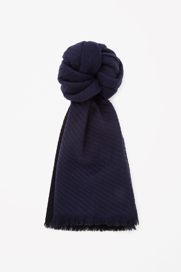 COS | Pleated wool scarf