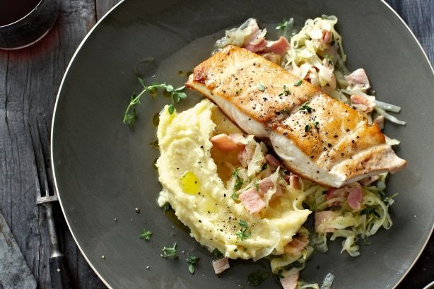 Pan-fried kingfish with cabbage and bacon