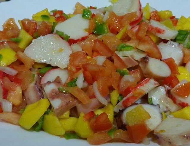 Salpicón de pulpo, langosta y mango