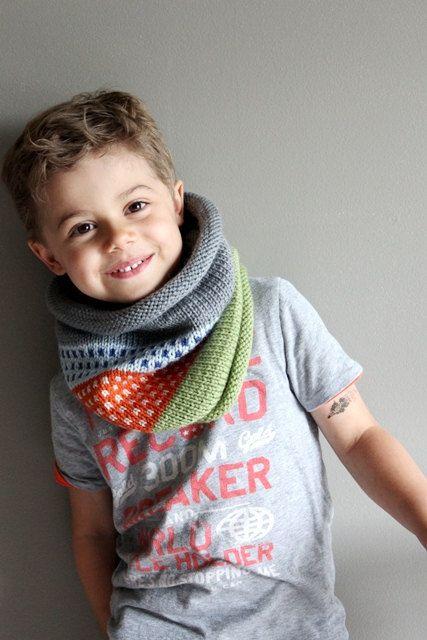 kids knit cowl neck.