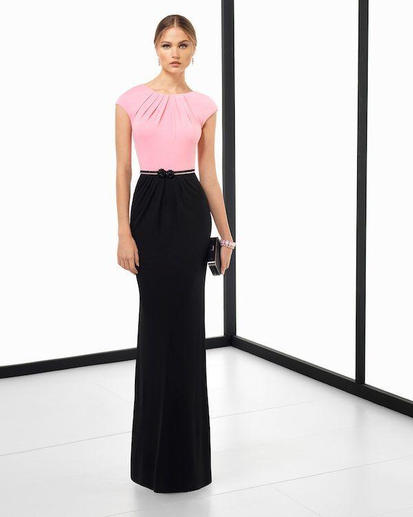e5a1f2c55 ¡Los vestidos de fiesta Rosa Clará de 2018 ya están aquí! El catálogo trae