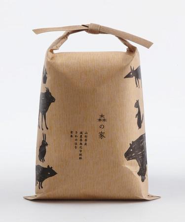 Rice packaging.  森の家 : お米 | Sumally