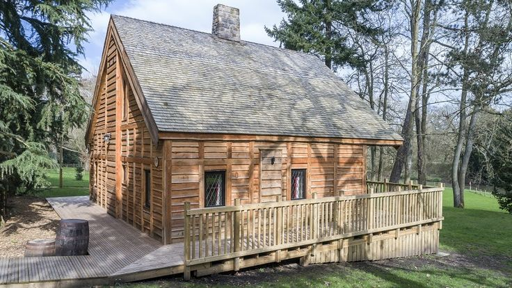 Marley Eternit's JB Western Red Cedar Shingles have been specified for the roofs of 28 new medieval-themed lodges at Warwick Castle.