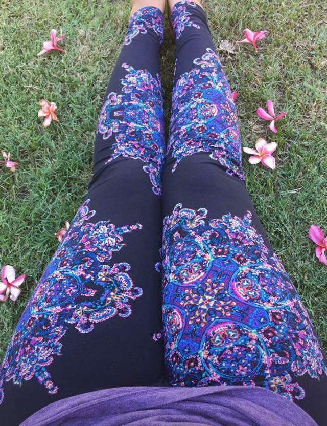 LuLaRoe Leggings - Black with colorful Medallions