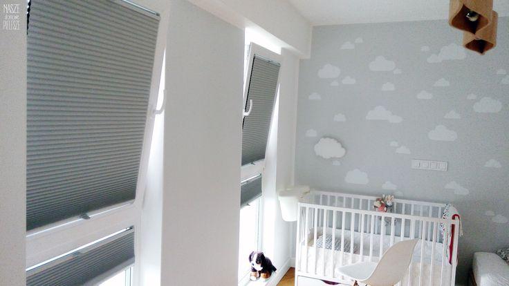 Rolety Plisowane / plisy w pokoju dziecka.  Materiał typu Honey - 100% zaciemniający, termoizolacyjny i wysokiej jakości.   Więcej o nas znajdziesz na: www.naszedomowepielesze.pl