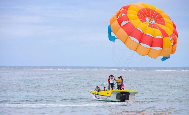 Parasailing in Mauritius Belle Mare