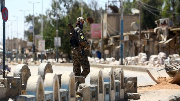 US-backed forces in Syria breach wall of Old City of Raqa http://ift.tt/2sASgMg read more:http://ift.tt/2tL3zSd
