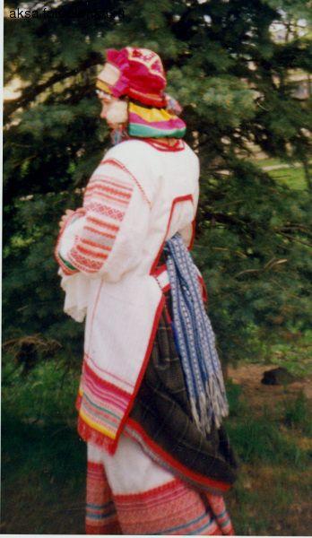 """Костюм Орловской губернии (по рисунку из книги Ф. Пармона """"Русский народный костюм"""")"""