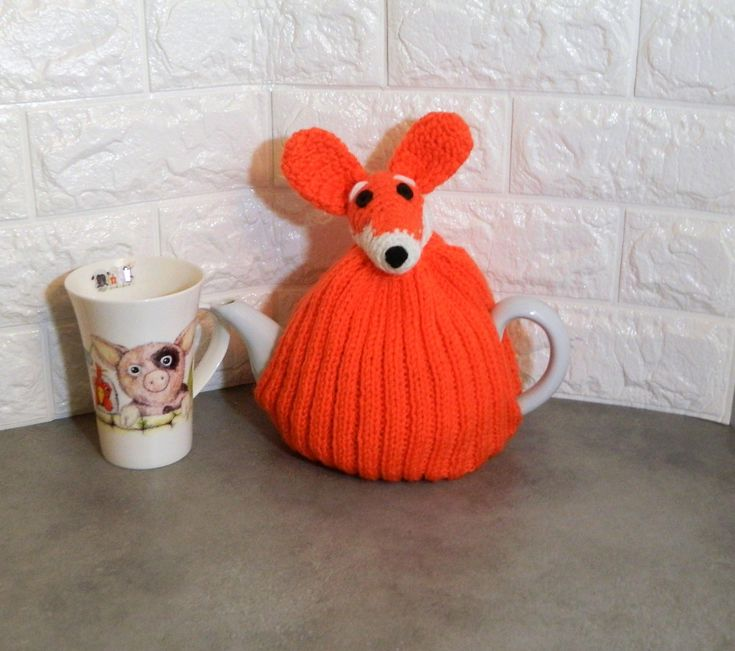 Fox gift, knitted fox, fox cozy, tea lover gift, hand knit gift, fox gifts, knitted tea cozy, fox tea cosy, Hand-knit gifts, tea pot cover, #gifts #bestsellingitems #etsyshop #homedecor #giftsforfriends #teacosy #teacosies #birthdaygift #knitted