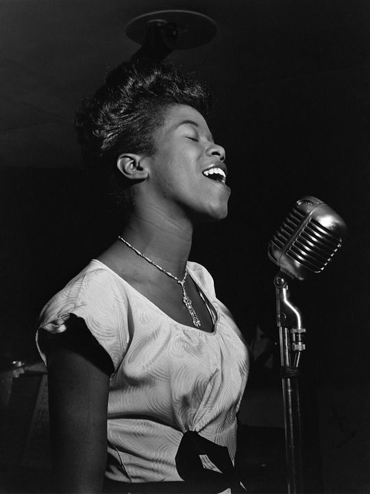Sarah Lois Vaughan(March 27, 1924 – April 3, 1990)