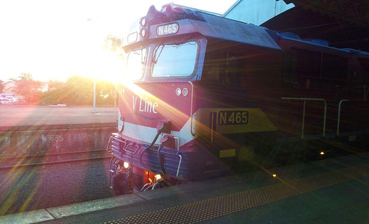 N465 at Geelong station