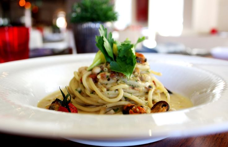 ... white beans with sausage and white beans spaghetti with mussels and