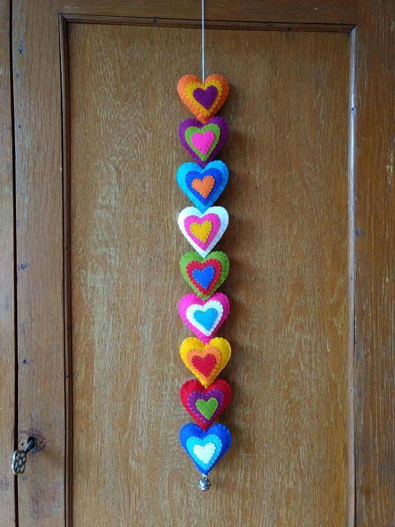 "1m SMALL RED FELT HEART BUNTING GARLAND RIBBON 1/"" TALL STITCHED Wedding Love"