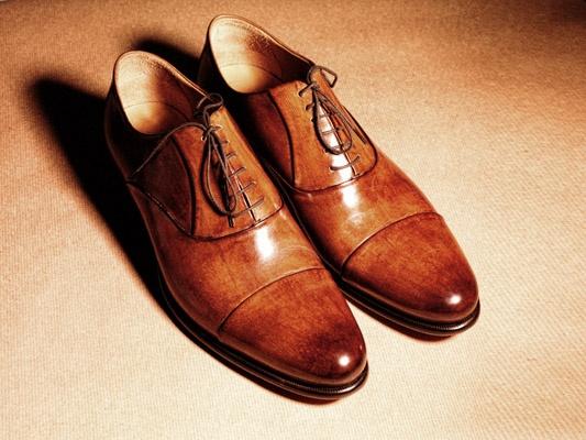 walnut-colored italian men's leather shoes by #Baldinini ph. Stig Jarnes