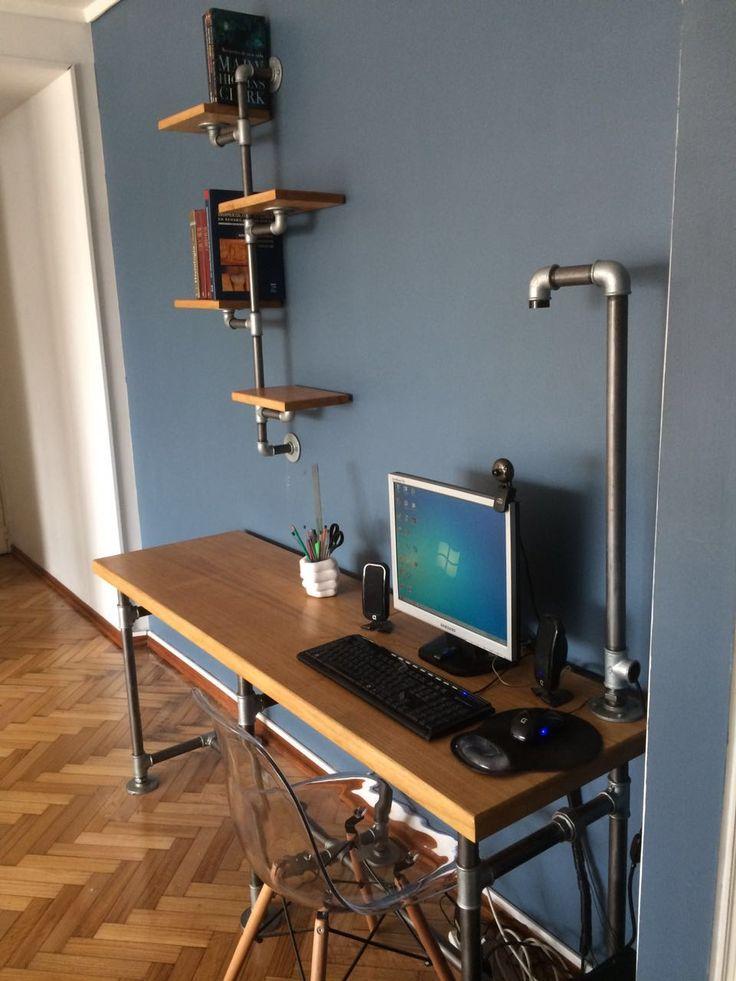 escritorio con lmpara u estante biblioteca flotante estilo industrial