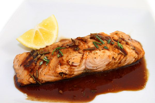 (NEW) Amazing Balsamic Glazed Salmon. I'm very excited to share this salmon recipe. It's one of the best you'll ever taste. It's truly over-the-top delicious! Each heart healthy serving has 276 calories, 9g fat and 7 Weight Watchers POINTS PLUS. http://www.skinnykitchen.com/recipes/amazing-balsamic-glazed-salmon/