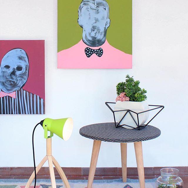 it's springtime! the color is in the air! #interno99 #piergiorgiodelben #saramoretto #design #novitàcasa #tabletop #pot #hanger #flowers #lightshadow #peterofgood #contemporaryart #portrait #arredarecasa #arredamento #italiandesign #italianartist #Arte