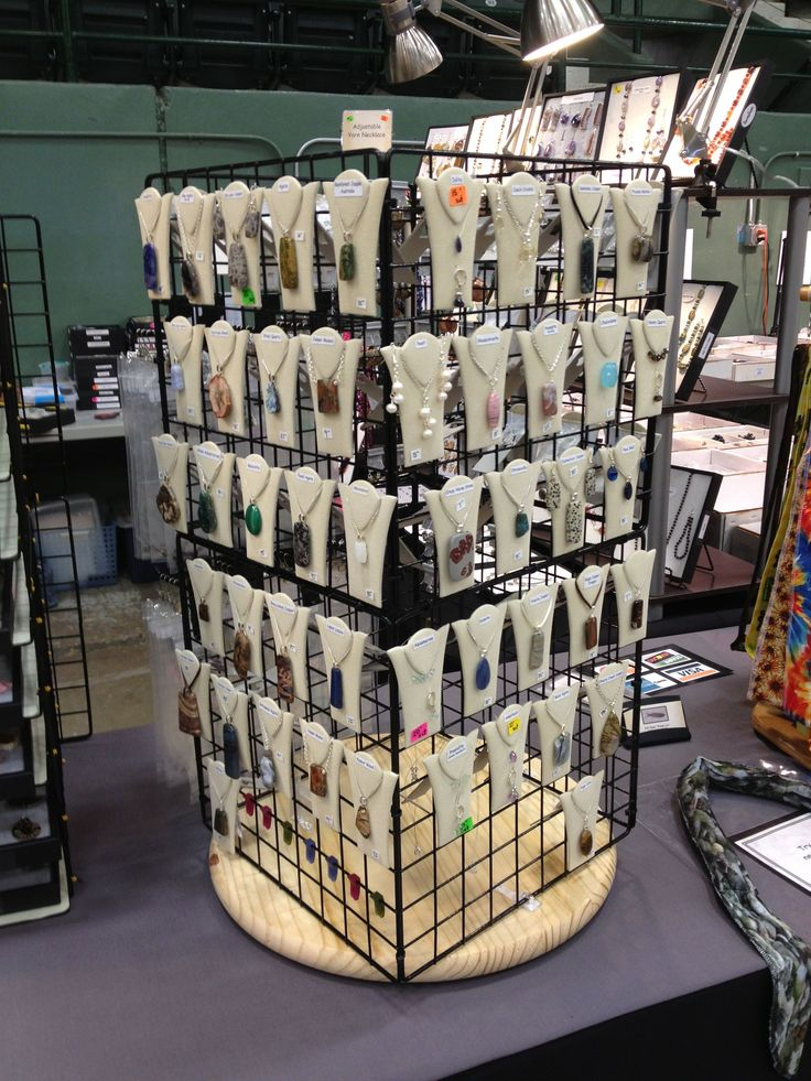 Best 25 craft show displays ideas on pinterest craft for Vendor craft shows near me