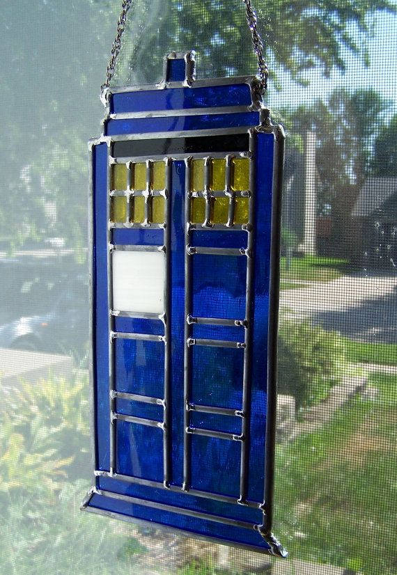 stained glass TARDISStained Glass Geek, Glasses Tardis, Awesome, Tardis Stained, Tardis Glasses, Dr. Who, Tardis Suncatchers, Crafts, Stained Glasses
