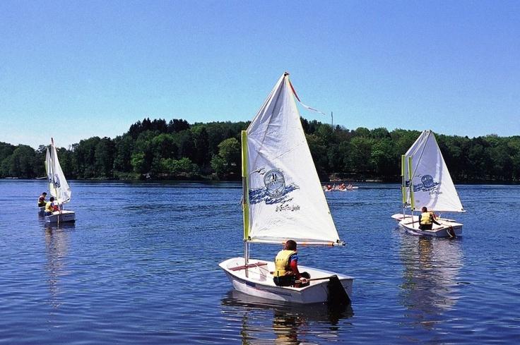 Des optimists sur le lac des Settons!