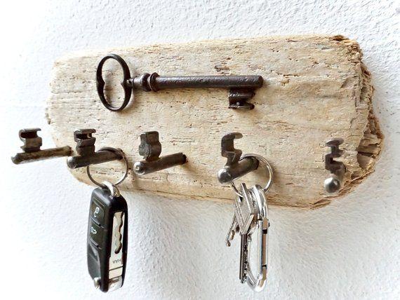 Maritimes Schlüsselbrett aus Treibholz (5 Haken)
