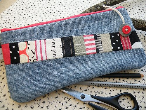 I love the coordinated fabric scraps for a pop of color and interest on a denim bag.