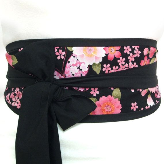Obi belt 'Japanese cherry blossom butterfly' by by loobyloucrafts