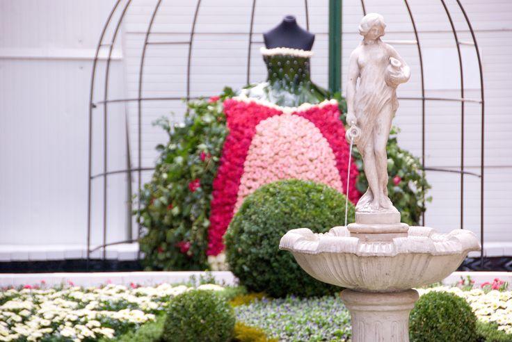 13. - 22. září 2013 | Tradiční podzimní výstava u STARKLa zahradníka je ideálním výletem pro celou rodinu. Kromě nevšedních květinových aranží a zahradních dekorací pro Vás bude připravena i speciální expozice těch nejúžasnějších růží. Těšíme se na Vás.