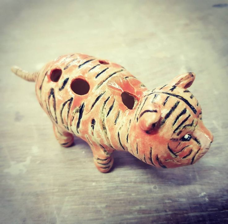Tiger ocarina by Injo, nov 2017 pottery1, uph, dp