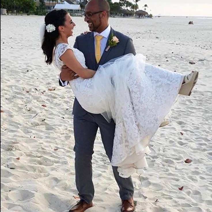 "#Wednesday #wedding #weddedbliss!  ... ""On Dec 6 Eagle Beach #aruba Kynam & Naomi from Uk got married. They partied and danced all night with our Dj at mulligans!"" ... Thanks Jones R. for the great  ... Share your special island memories with us at smiles@diviresorts.com or tag #DiviSmiles or submit online: http://ift.tt/2zAjRxm ... #caribbean #islands #vacation #photosnaps #photos #photography #pictures #selfies #marriage #honeymoon #party"