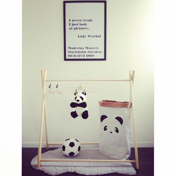 Ruhaállvány gyerekeknek / Clothing rack