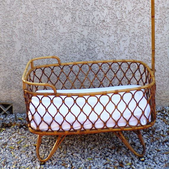 French Cradle Moses Rattan Vintage 1960 With Arrow And 4