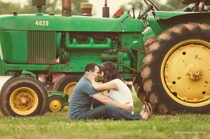 @Bethany Billick - Who doesn't love an engagement shot with a tractor?!: Engagement Photographers, Photos Ideas, Photo Ideas, Photos Shoots, Families Photos, Couple S Photos, Beans Photos, Engagement Photos S, Photography Inspiration