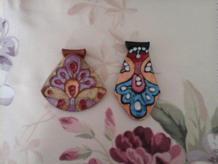 Ciondoli in polymerclay dipinti  by La stanza fatata