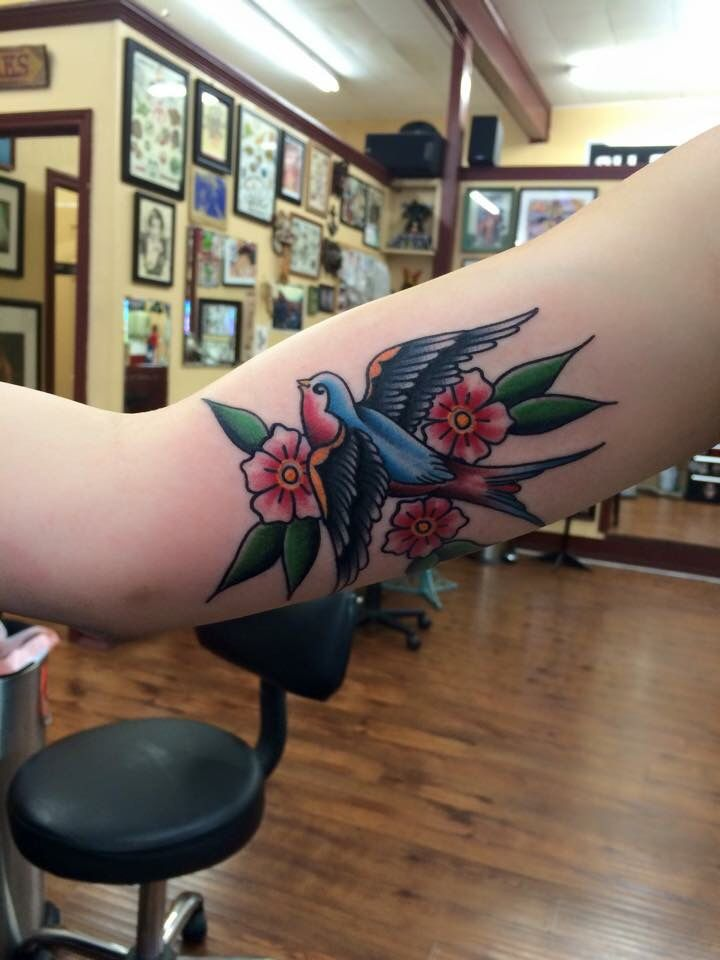 Shaun Newman - All Saints Tattoo Austin, Texas #traditionaltattoo #swallow…