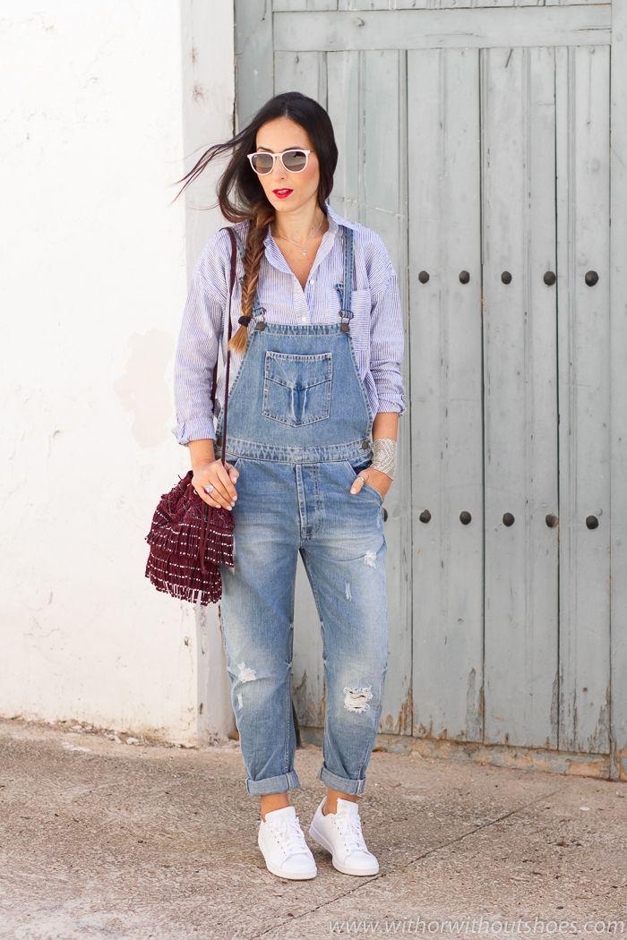 Viernes casual: Peto vaquero, camisa de rayas y Adidas Stan Smith | With Or Without Shoes - Blog Moda Valencia España
