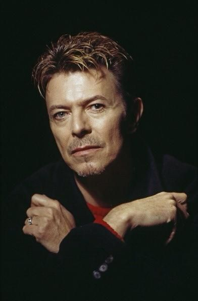 http://mens-hairstyles.com/rembering-david-bowie-hairstyles/
