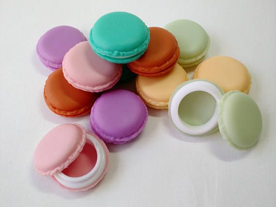 French macaron cookie case - small pill box storage - jewlery holder - party favor - knitting crochet stitchmarker holder - assorted colors