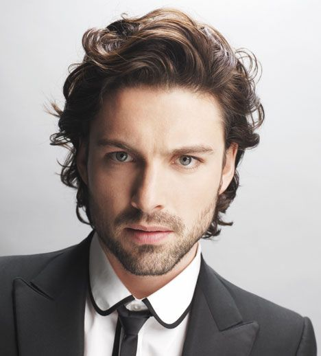 Good Men's mid length cut for wavy hair