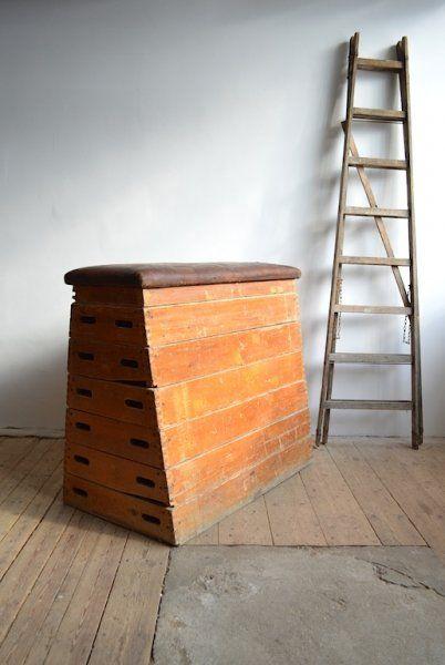 Tarnished gym cabinet | artKRAFT Furniture&Design