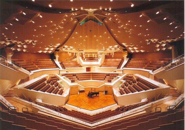Berliner Philharmonie, Berlin, Germany (Architect: Hans Scharoun, 1963)