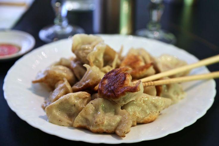 Ji Bai He, cantine à raviolis chinois à volonté